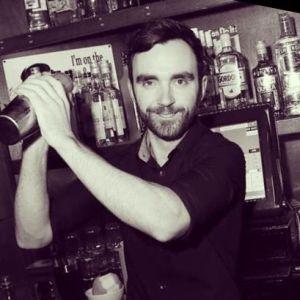 Darren Bartender